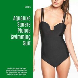 NWT Athleta Aqualuxe Square Plunge Swim Suit (B2)